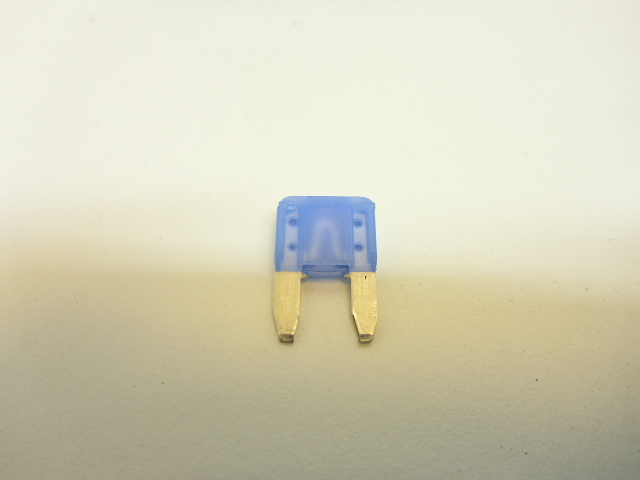 Mini blade fuse 15amp blue